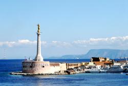 Madonnina del Porto statue Messina